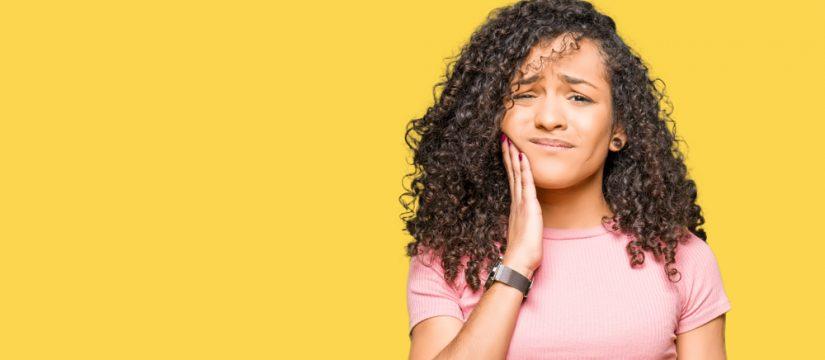 When do children develop wisdom teeth